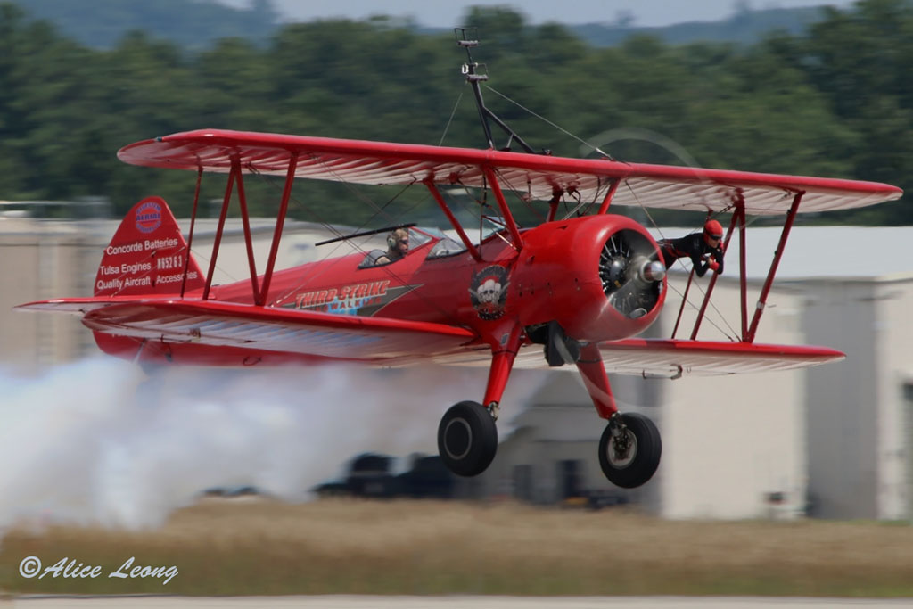 Barnes_Third_Strike_Wingwalking_9700
