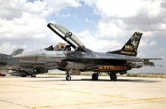 38_F-16D50_94-0110_141Filo_50years_02