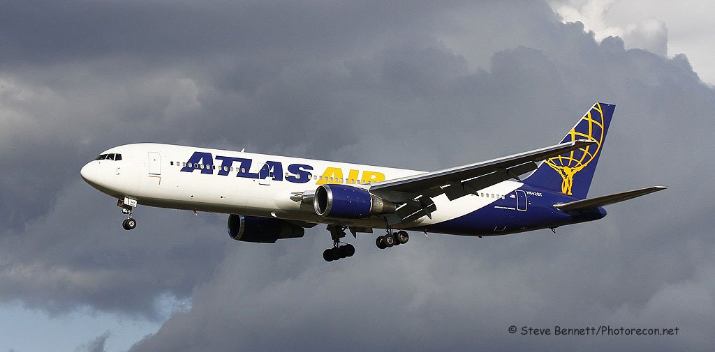 Atlas Air, Boeing 767, N642GT, Giant 8175 Heavy, at Pease