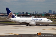 Continental-Airlines-B-737-200