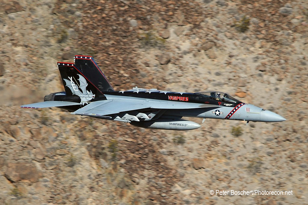 85 FA-18E_166957_VX-9_XE111_Rainbow  Canyon