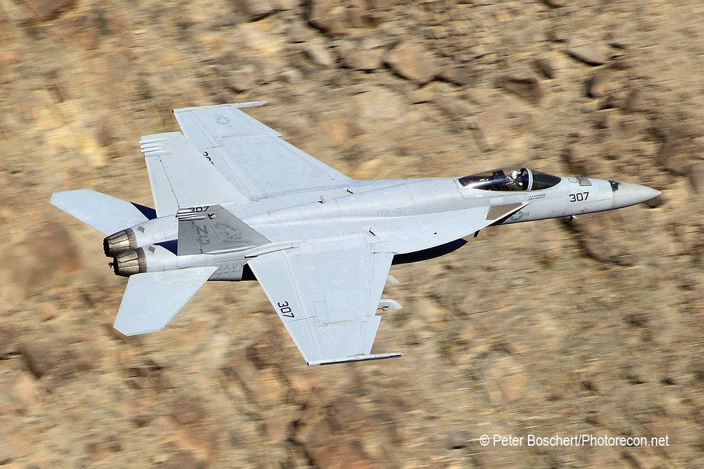 98 FA-18E_168874_VFA-97_NG307_Rainbow Canyon