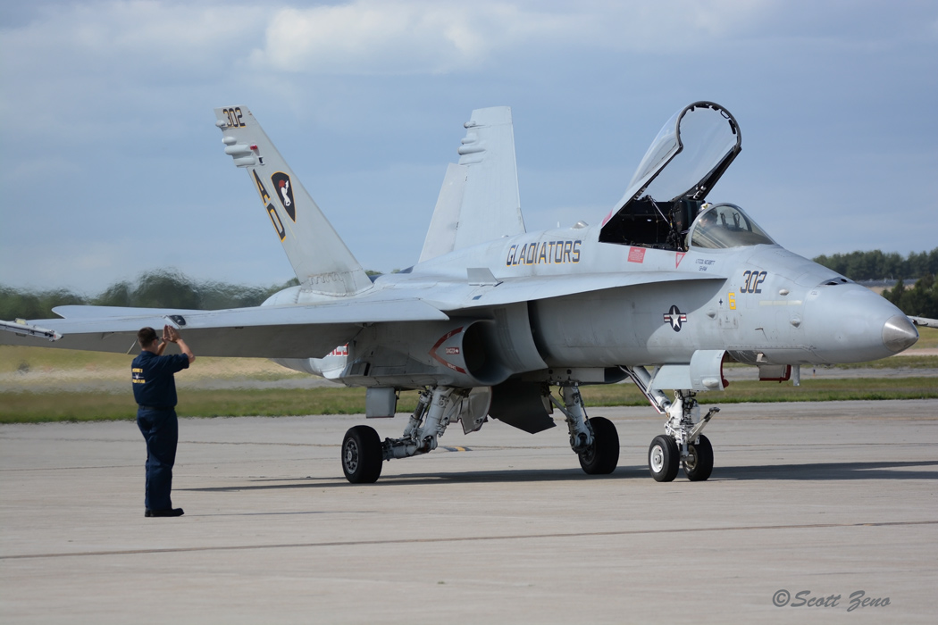 Quonset_VFA-106_F-18_3308