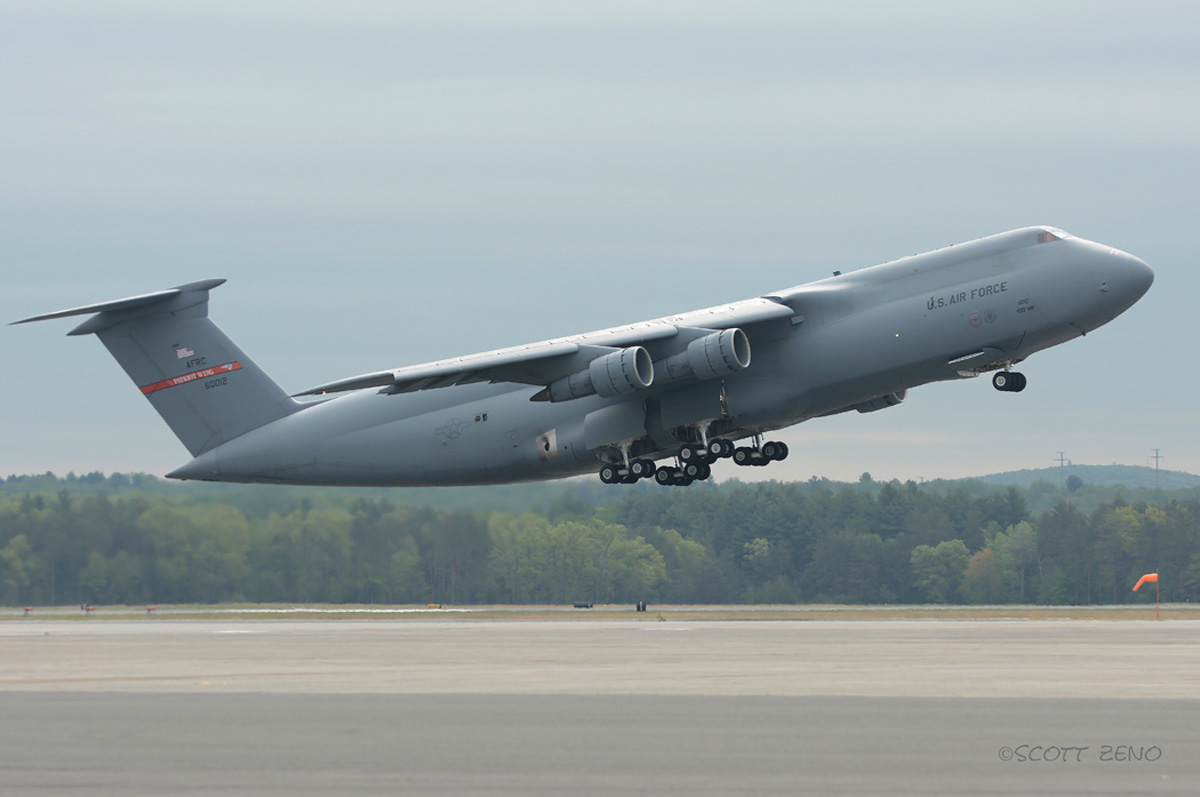 1 Westover_C-5_Takeoff_7494