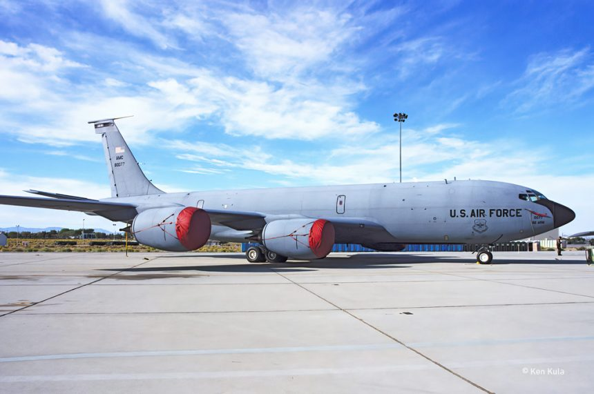 This image has an empty alt attribute; its file name is KC-135T-860x571.jpg