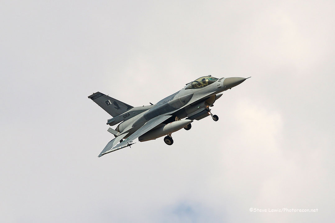 F-16 PAF (2)