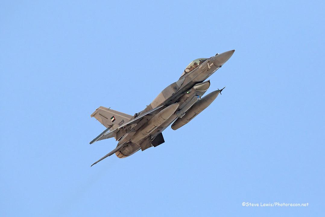 F-16 UAE (2)