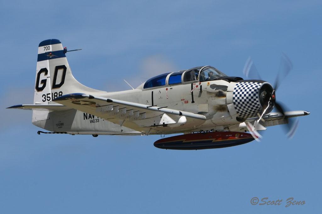 Barnes_A-1E_Skyraider_4415