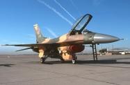 21 F-16C_86-0220_WA_10-2000_1024