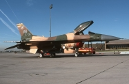 25 F-16C_87-0307_WA_10-2000_1024