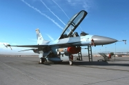 26 F-16D_91-0467_WA_10-2000_1024