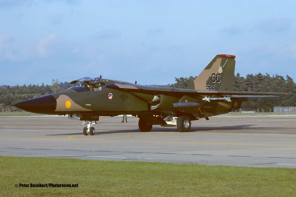 F-111D_68-0122_CC_06-1992_1500_Fi