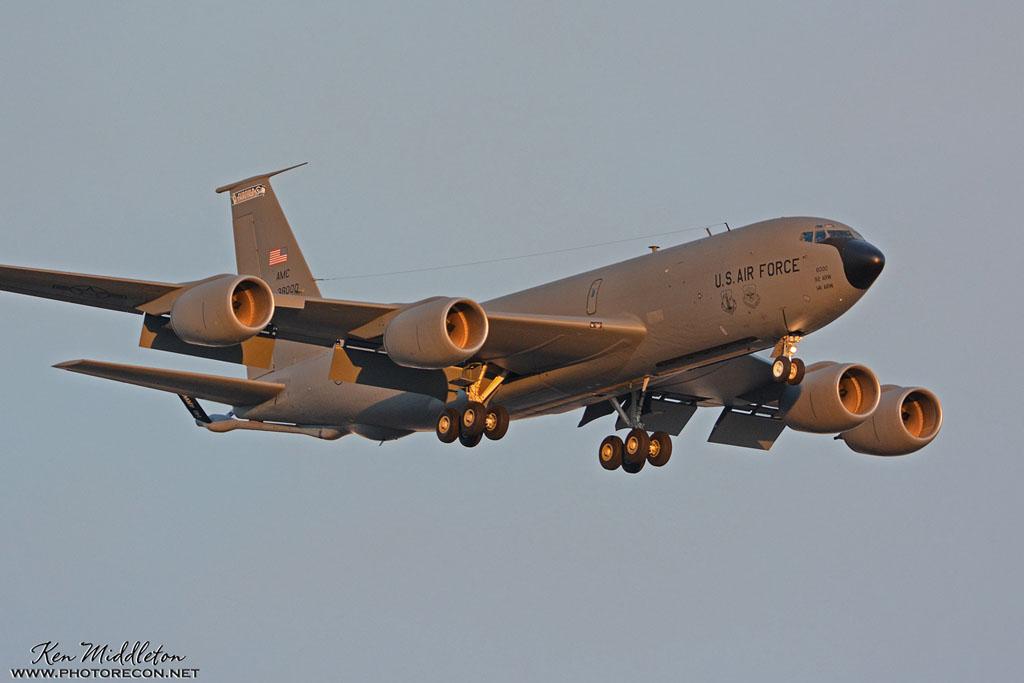 KC-135R_638000_KLSV_20170126_KenMiddleton_4x6_web_DSC_9032_PR