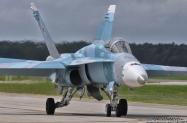 F-18C_164644_KNTU_23September2011_KenMiddleton_4x6_web_DSC_5245_NIK_PR