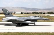 06_F-16AM_84704_PakAF_9Sqn_01