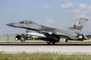 09_F-16AM_84707_PakAF_9Sqn_03