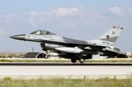 10_F-16AM_84709_PakAF_9Sqn_01
