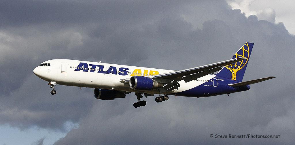 Atlas Air, Boeing 767, N642GT, Giant 8175 Heavy, at Pease