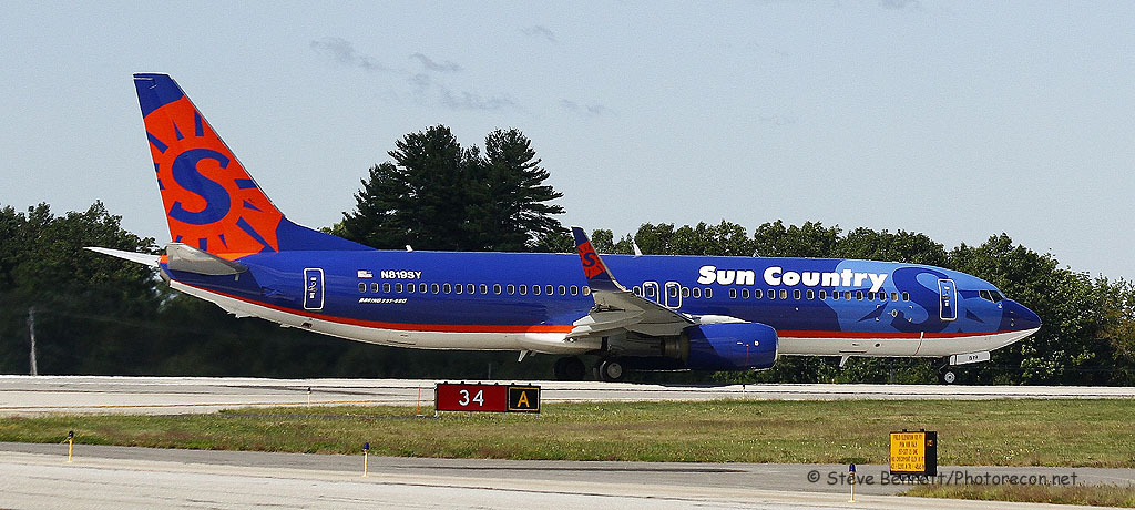 Sun Country, Boeing 737-86N (type B738), N819SY, at Pease