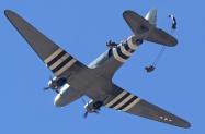 Skydivers (7)