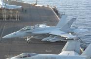 18 EA-18G_166930_VAQ-141_AJ502_CVN-77_USS Geoge HW Bush_2