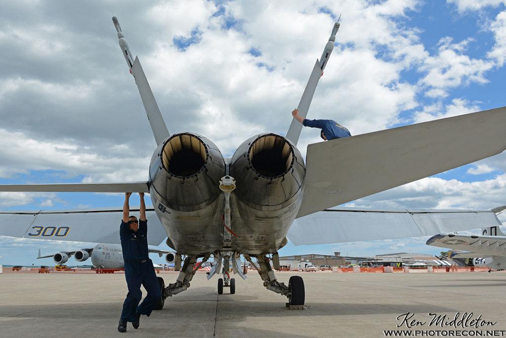 F-18C_163506_KOQU_20160610_KenMiddleton_4x6_web_DSC_3776_PR