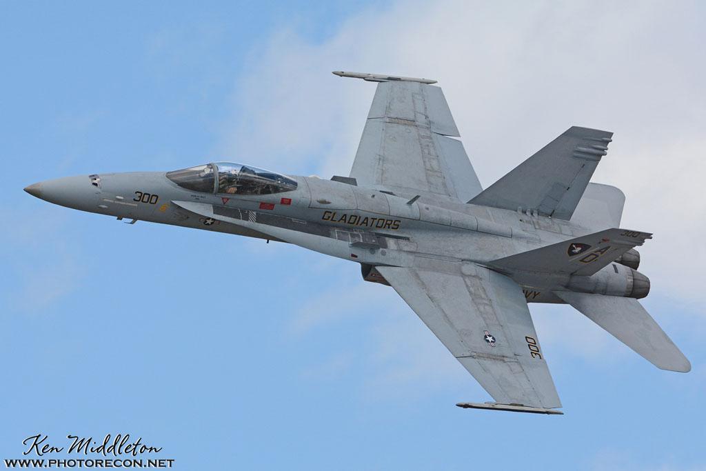 F-18C_163506_KOQU_20160610_KenMiddleton_4x6_web_DSC_9178