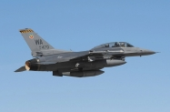 14 F-16D_91-0470_WA_27.02.2013_1024