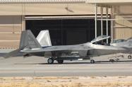 21 F-22A_04-4071_WA_31.01.2012_1024