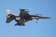 3 F-16C_89-2048_WA_02.02.2016_1024