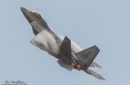 F-22A_054093_KHNL_20201214_KenMiddleton_4x6_web_DSC_9862_PR