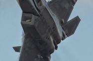 F-22A_UNK_KHNL_20201214_KenMiddleton_4x6_web_DSC_9730_PR