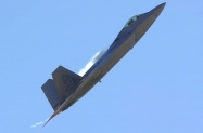 16 F-22A_05-4084_HO_3-2009_5