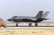 02-F-35C_168847_VFA-125_NJ423