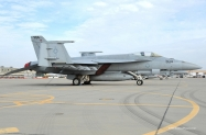 16-FA-18E_166437_-VFA-146_NH304