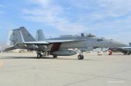 17-FA-18E_166437_VFA-146_NH304