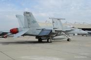 18-FA-18E_166437_VFA-146_NH304_2