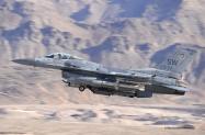32 F-16C_93-0532_SW_20th FW 55th FS