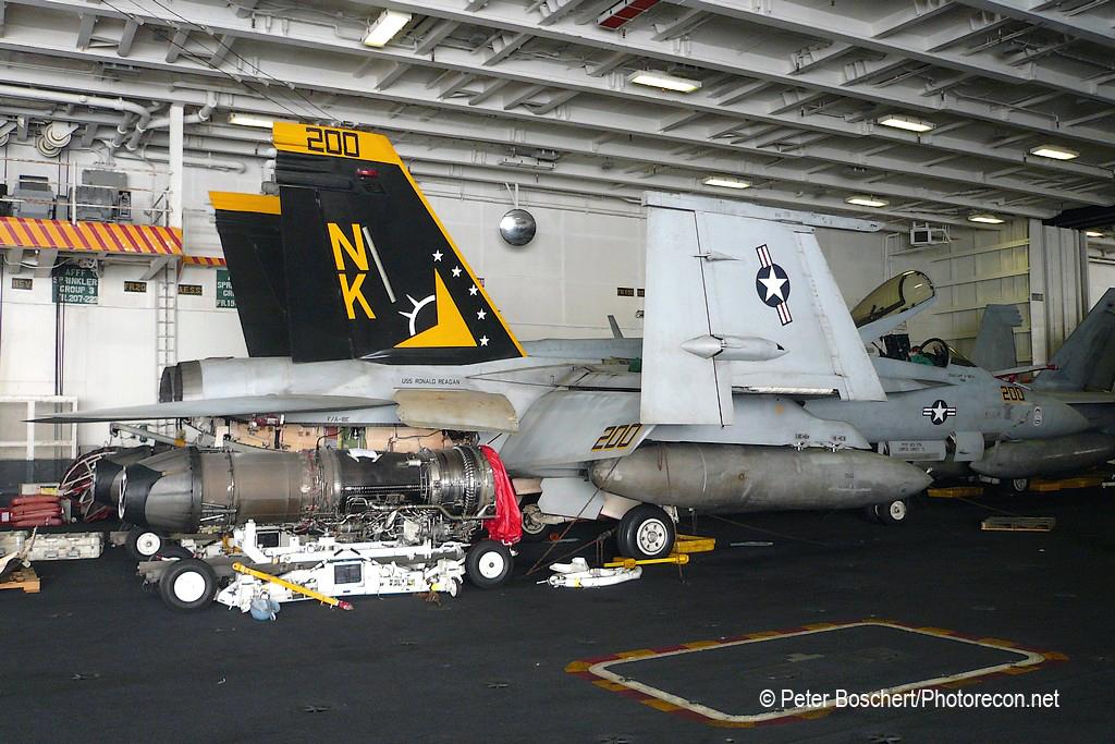 06 FA-18E_165781_VFA-115_NK200_USS Ronald Reagan_CVN-76