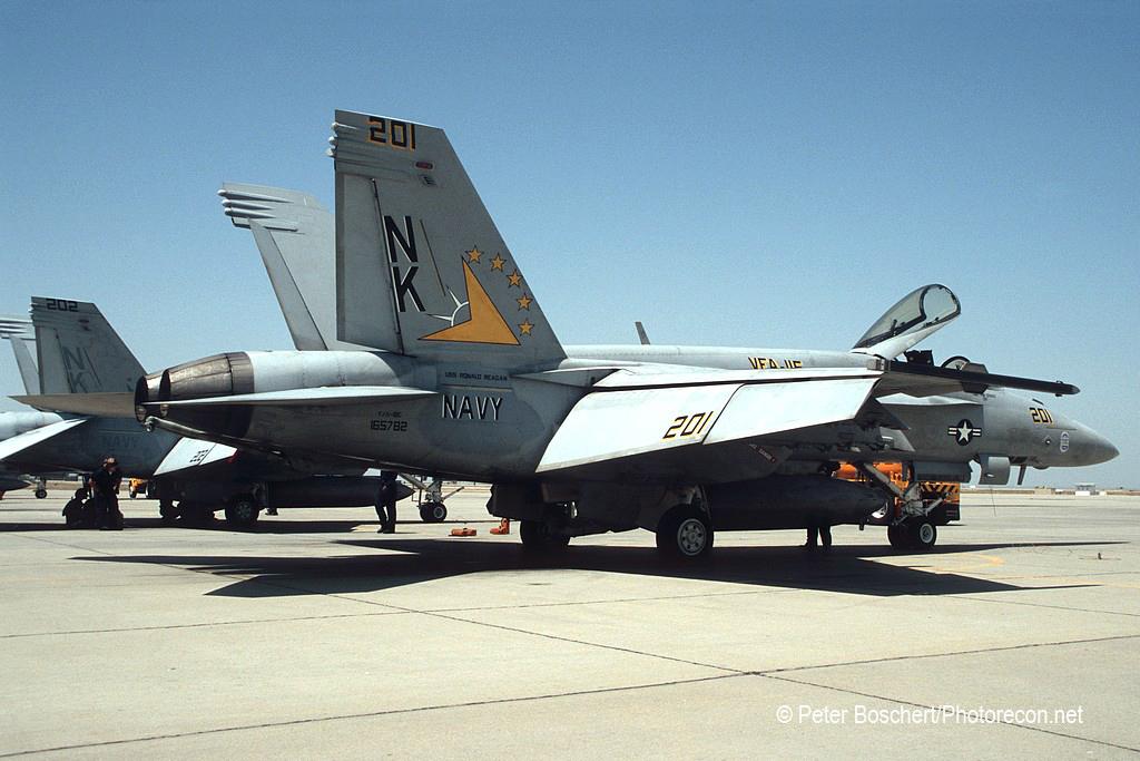 08 FA-18E_165782_VFA-115_NK201_NAS Lemoore