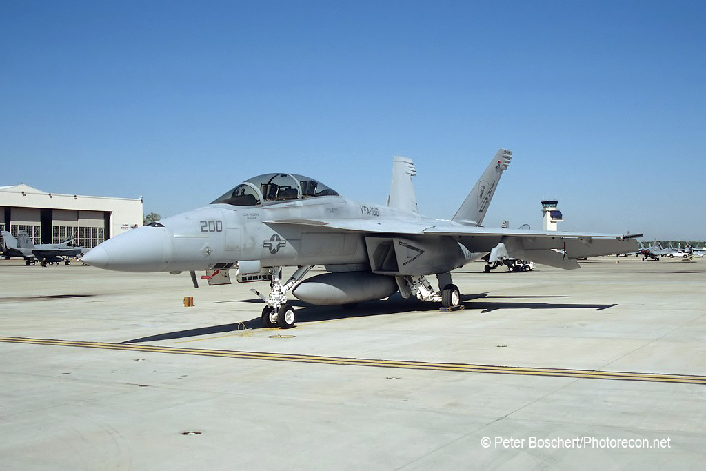102 FA-18F_165542_VFA-106_AD200_NAS Oceana