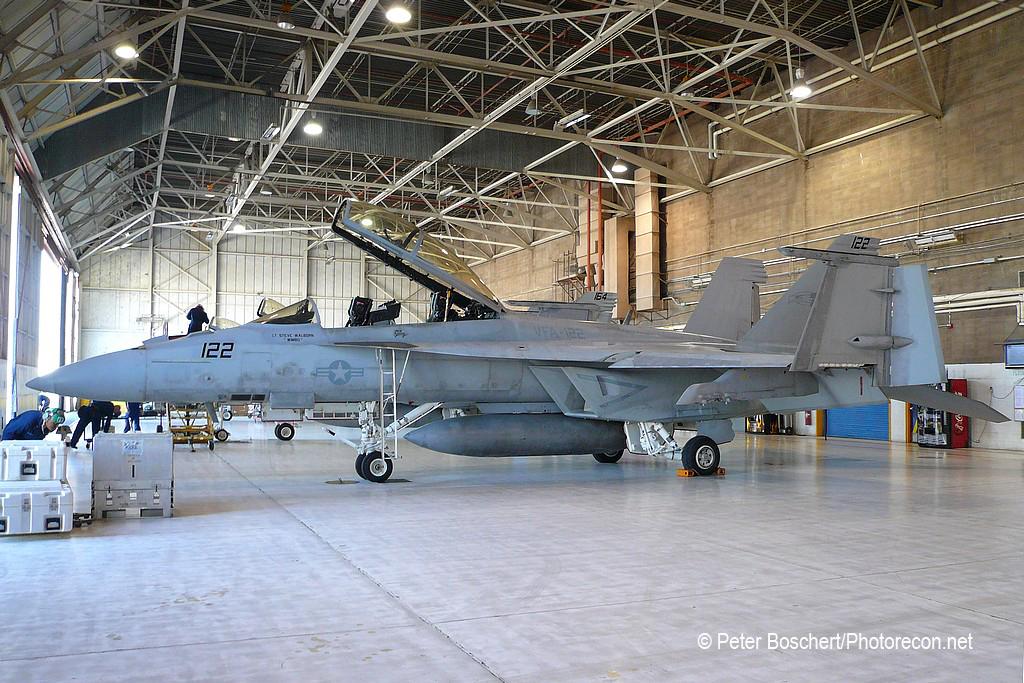 112 FA-18F_165877_VFA-122_NJ122_NAS Lemoore