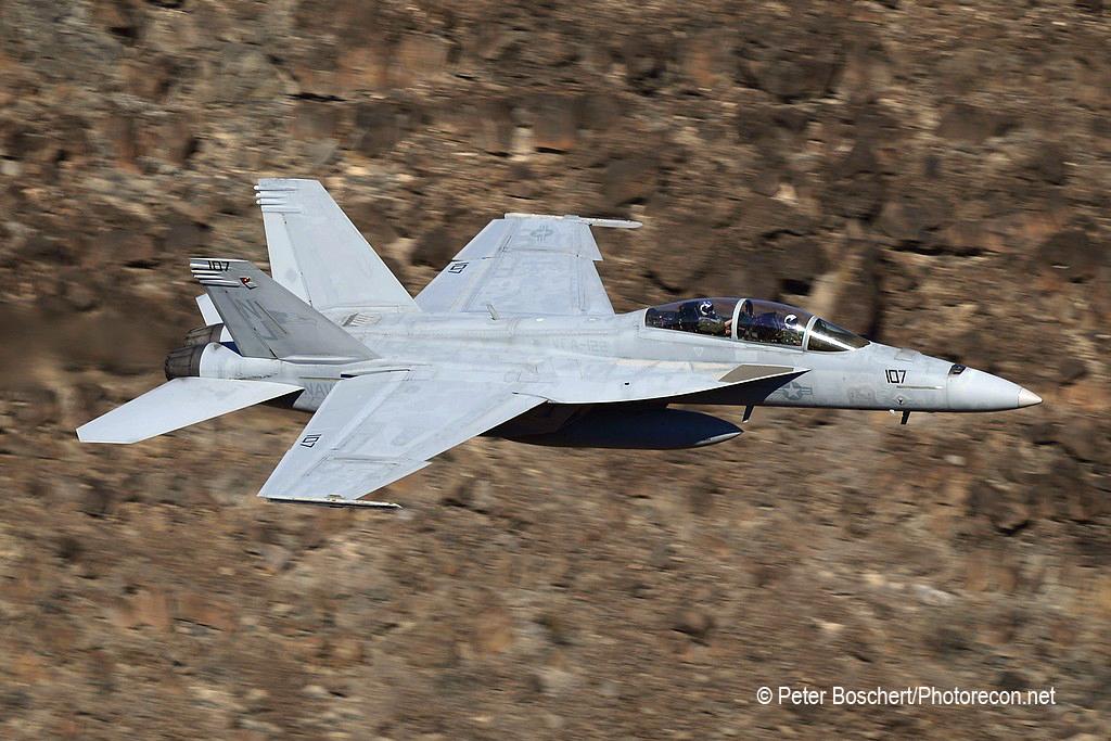 113 FA-18F_165879_VFA-122_NJ107_Rainbow Canyon