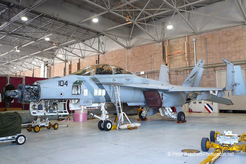 117 FA-18F_165920_VFA-2_NE104_NAS Lemoore