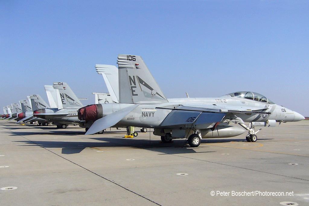 118 FA-18F_165922_VFA-2_NE106_NAS Lemoore