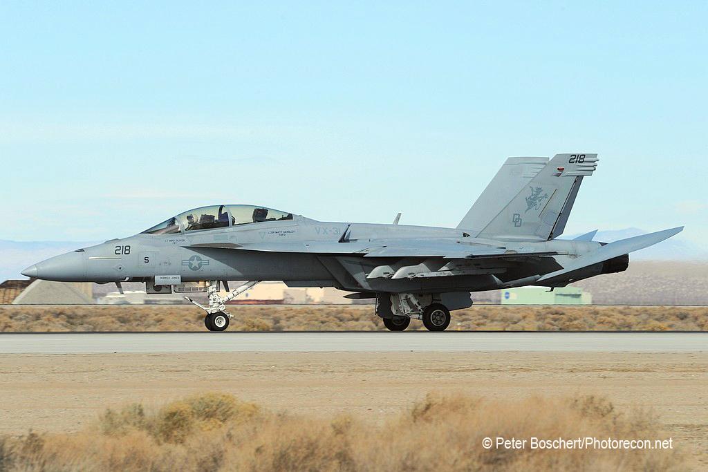 122 FA-18F_166451_VX-31_DD218_Eswards AFB