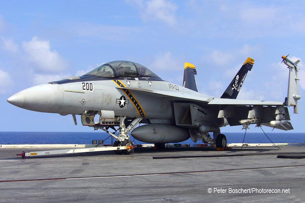 135 FA-18F_166620_VFA-103_AG200_Dwight D Eisenhower_CVN-69_2