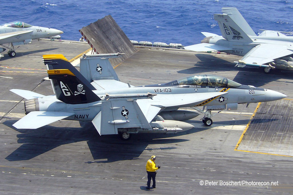 139 FA-18F_166621_VFA-103_AG201_Dwight D Eisenhower_CVN-69_3