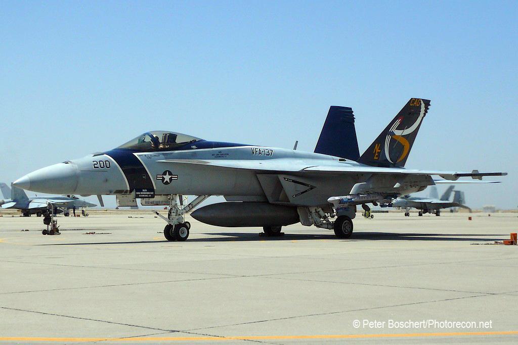 16 FA-18E_165899_VFA-137_NE200_NAS Lemoore_2