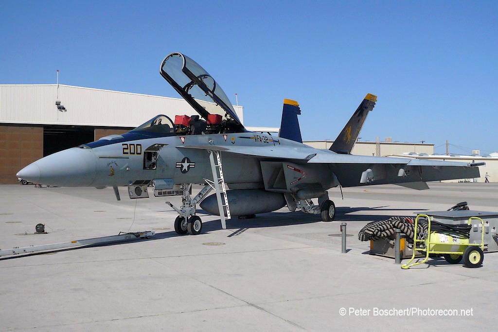 168 FA-18F_166661_VFA-32_AC200_NAS Fallon